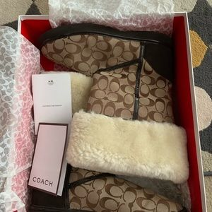 Ladies Coach Shearling Boots,Signature